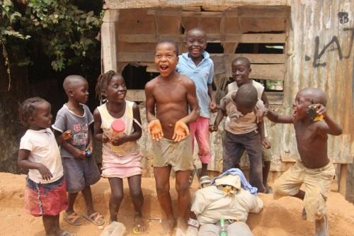Freetown kids with their Judas effigy